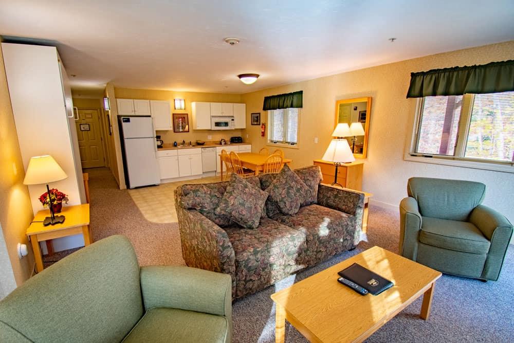 Standard 1-2 bdrm living room